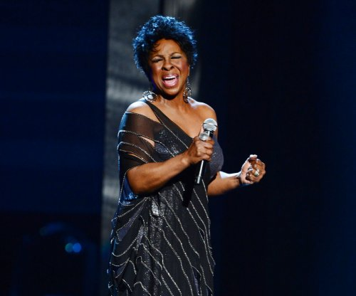 Gladys Knight sues son over chicken and waffles restaurants