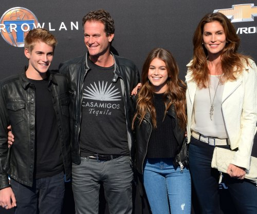 Cindy Crawford's son honors sister Kaia with tattoo of her name