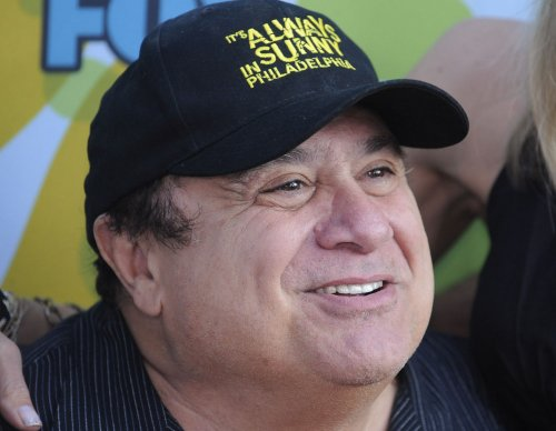 DeVito to accept award for Douglas