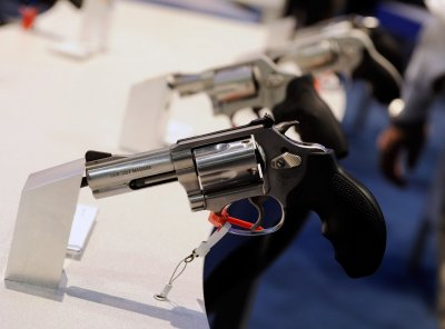 Feinstein introduces gun ban bill