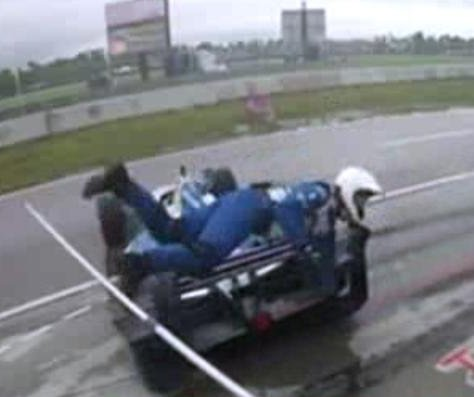 Video shows out of control IndyCar hit pit crew member