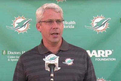 Miami Dolphins, GM Dennis Hickey part ways