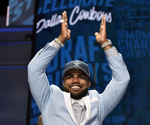 Dallas Cowboy sign RB Ezekiel Elliott to four-year contract