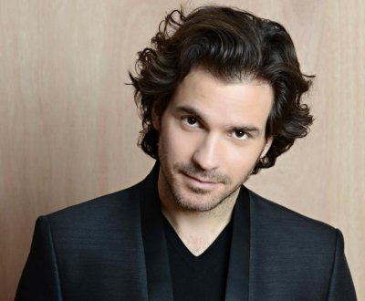 'The Musketeers' star Santiago Cabrera lands lead in CBS' 'Salvation'