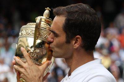Wimbledon 2017: Roger Federer wins eighth Wimbledon title