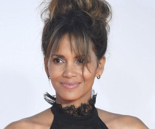Halle Berry, Seth Rogen confirmed as Golden Globe Award presenters