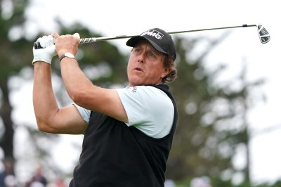U.S. Open: Phil Mickelson disappointed after third-round struggles