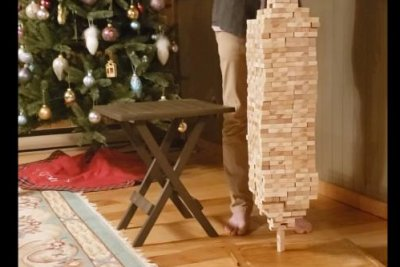 British Columbia 12-year-old breaks Jenga stacking world record