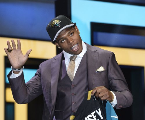 Jaguars' Jalen Ramsey grows impatient with knee recovery