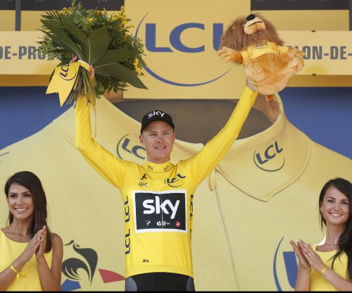 Tour de France: Chris Froome maintains lead as Edvald Boasson Hagen nabs stage win