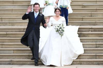 Royal family releases official Princess Eugenie wedding pics