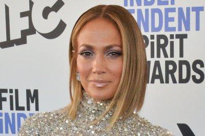 Jennifer Lopez set to perform on ABC's 'New Year's Rockin' Eve'