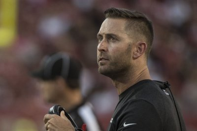 Cardinals coach Kliff Kingsbury tests positive for COVID-19, out vs. Browns