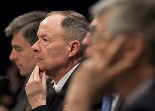 Report: NSA secretly infiltrated Google, Yahoo! internal data links