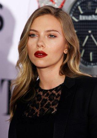 Scarlett Johansson is engaged to journalist Romain Dauriac
