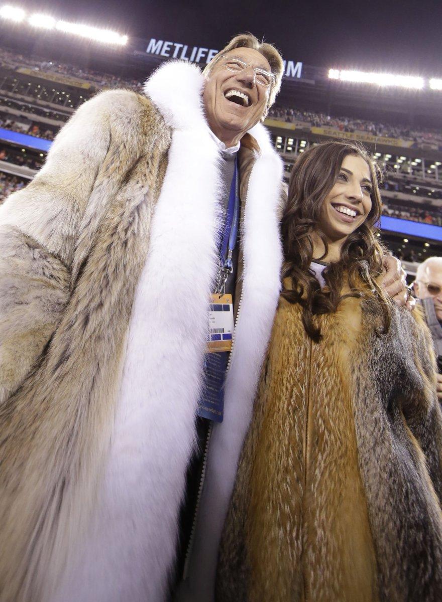 Fur coat wearing Joe Namath got a second coin flip at Super Bowl ...