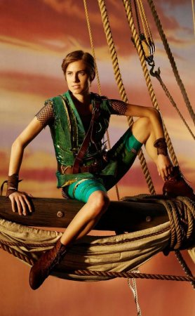 Allison Williams flies in promo for 'Peter Pan Live!'