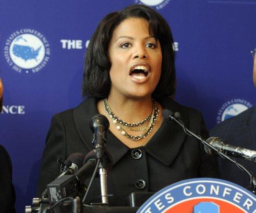 Baltimore mayor orders police body cameras, requests DOJ investigation