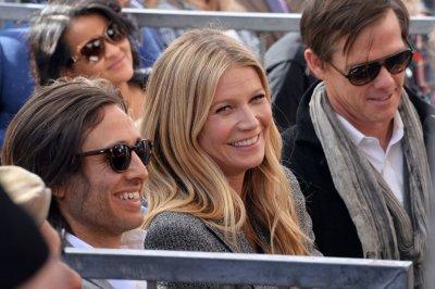 Gwyneth Paltrow hangs stocking for ex-husband Chris Martin