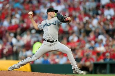 Tampa Bay Rays to acquire Nick Anderson, Trevor Richards from Miami Marlins