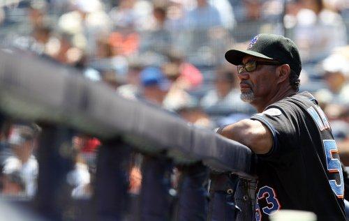 Mets replacing Manager Manuel, GM Minaya