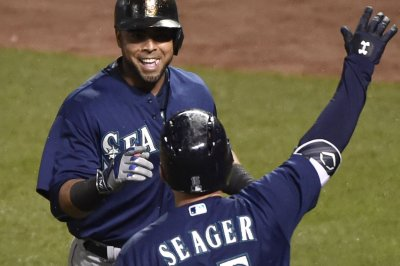 Kyle Seager, Dae-Ho Lee homers lift Seattle Mariners over San Diego Padres