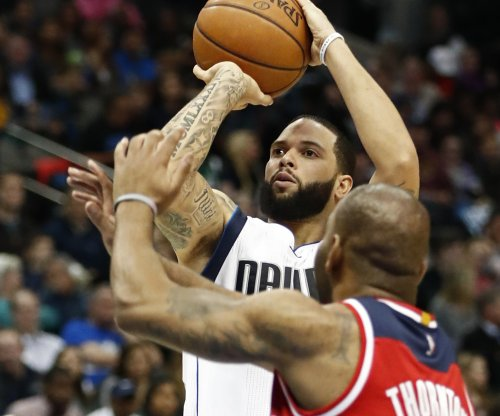 Dallas Mavericks waive veteran guard Deron Williams