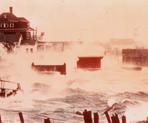 On This Day: Hurricane Carol begins assault on U.S. Coast