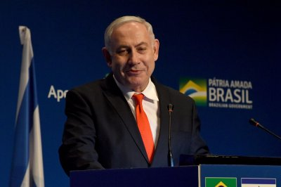 Brazil opens Israeli trade office, pledges to move embassy to Jerusalem