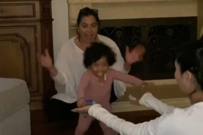 Kobe Bryant's daughter Capri takes first steps