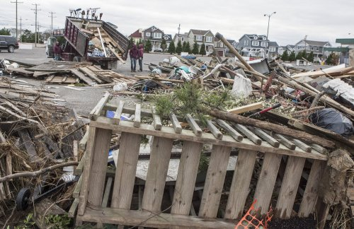 Viacom donates $1M to aid Sandy victims