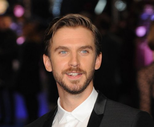 Dan Stevens joins Anne Hathaway in sci-fi film 'Colossal'