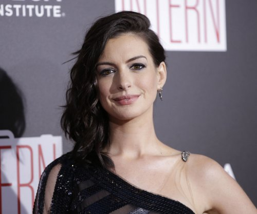 Anne Hathaway, director Garry Marshall 'want to do' 'Princess Diaries 3'