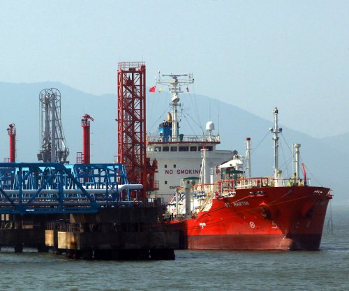 Hurdle remains for mega deal in Asian LNG market