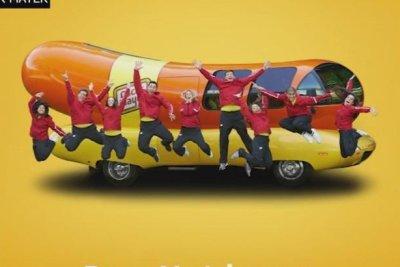 Oscar Meyer seeking new Wienermobile driver