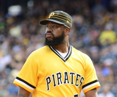 Pittsburgh Pirates pitcher Felipe Vazquez arrested on child solicitation charges