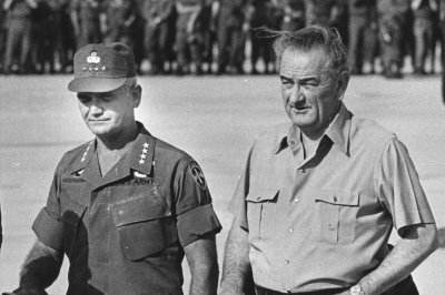 Can Obama avoid LBJ's Vietnam mistakes in Syria and Iraq?