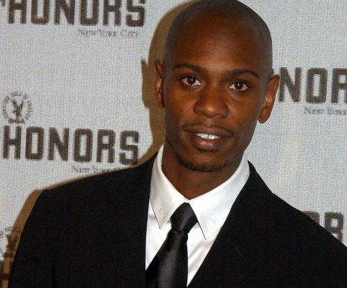 Dave Chappelle to headline three Netflix comedy specials