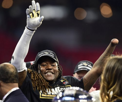 LB Shaquem Griffin among four rookies signed by Seattle Seahawks