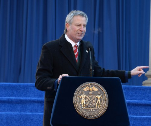NYC Mayor Bill de Blasio tells NYPD to stop marijuana arrests