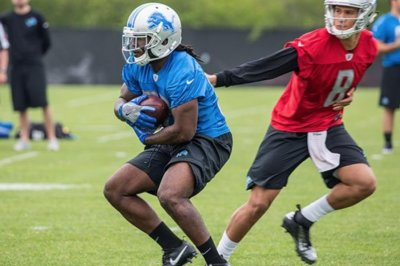 Indianapolis Colts re-sign RB Tion Green, waive-injured RB Josh Ferguson
