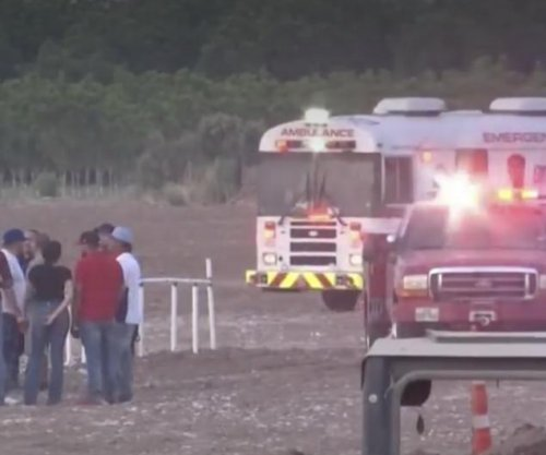 Mud race crash kills one, puts two in critical condition from Texas crowd