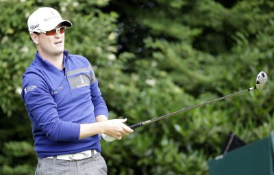 Zach Johnson reaches Top 10 in men's golf rankings