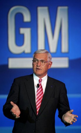 GM's Lutz says executive pay 'way' too low