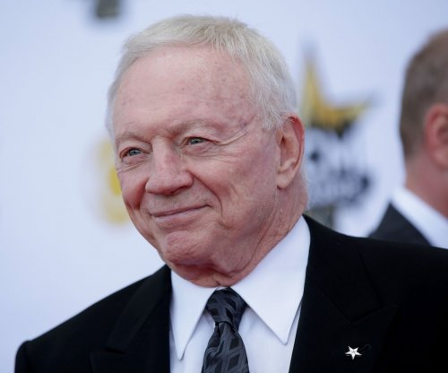 "Dallas Cowboys' Jerry Jones ""understands"" Darren McFadden injury, history"