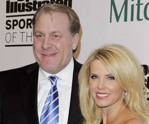 ESPN yanks Curt Schilling off Little League games