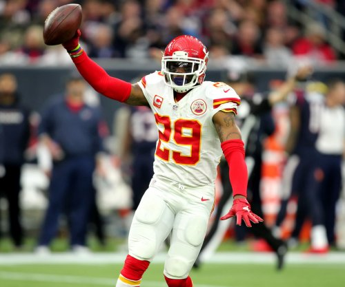 Kansas City Chiefs S Eric Berry to end holdout, report Sunday