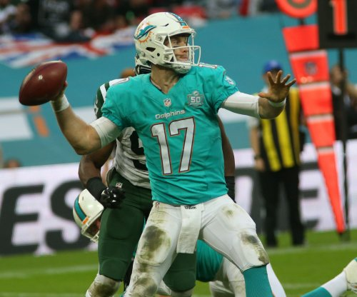 NFL notebook: Miami Dolphins QB Ryan Tannehill placed on IR