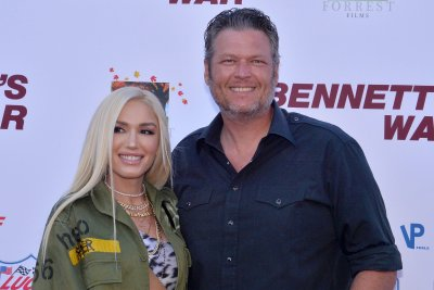 Blake Shelton to revive 'Friends and Heroes' tour in 2020