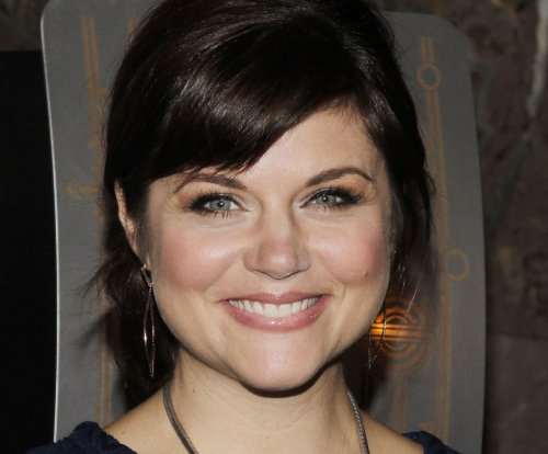 Tiffani Thiessen gives birth to son, shares first photo on Instagram